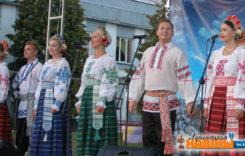 Калектыў «Церніца» выступіў у Мікашэвічах