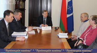 Председатель облисполкома Анатолий Лис провел прием граждан в Лунинце