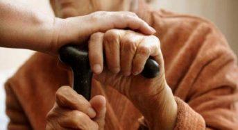 Поберегите себя! Пожилым гражданам доставят продукты и медикаменты на дом