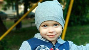 «Осталось только одно ушко и один шанс»: поможем Кириллу слышать!