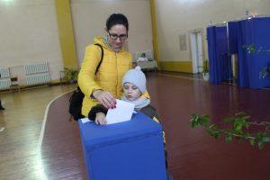 Как проходят выборы в Лунинце?